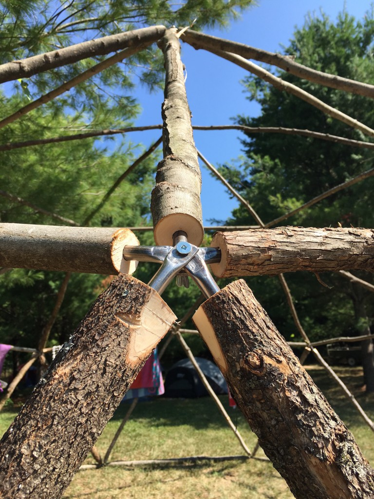 qna-design-geodesic-dome-outdoor-activity-family-campout-04-connection