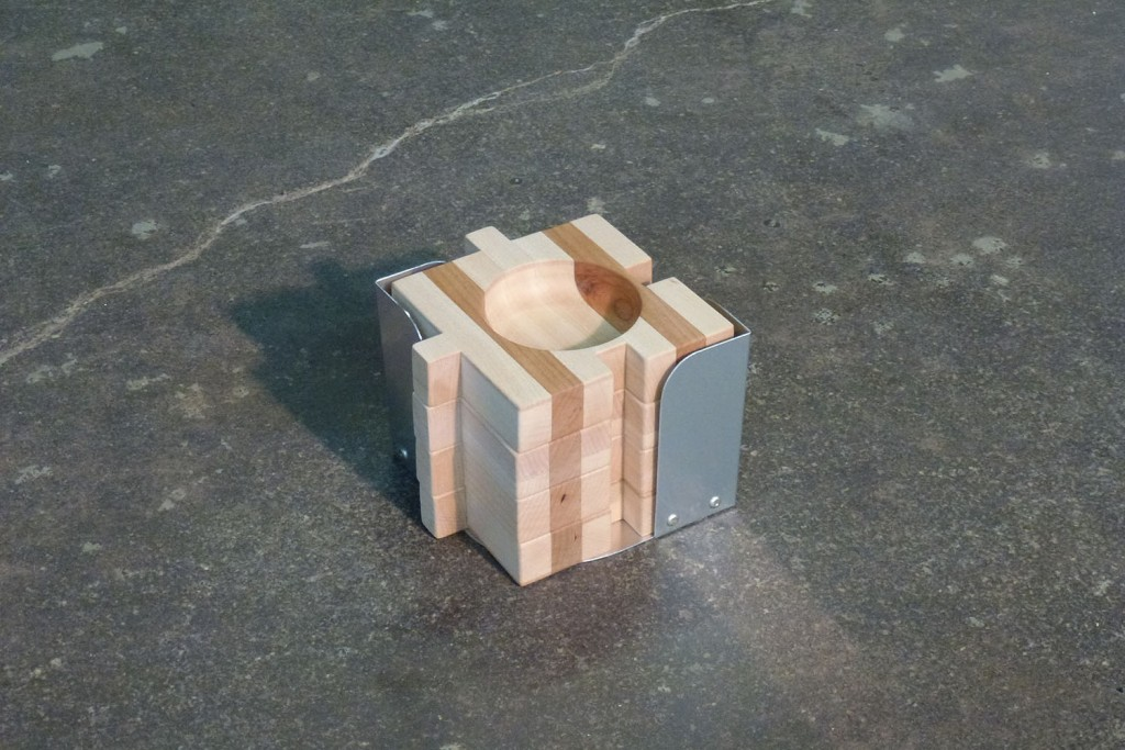 QnA Design Wood Puzzle Tapas Display 01 stacked