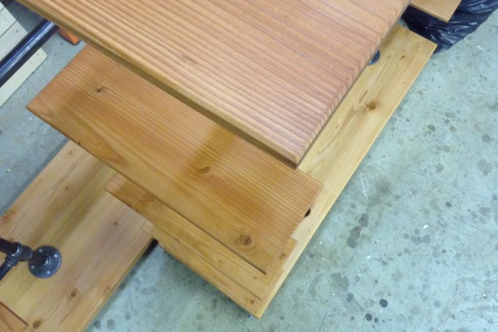 QnA Design Blundstone shoe rack 03 shelves