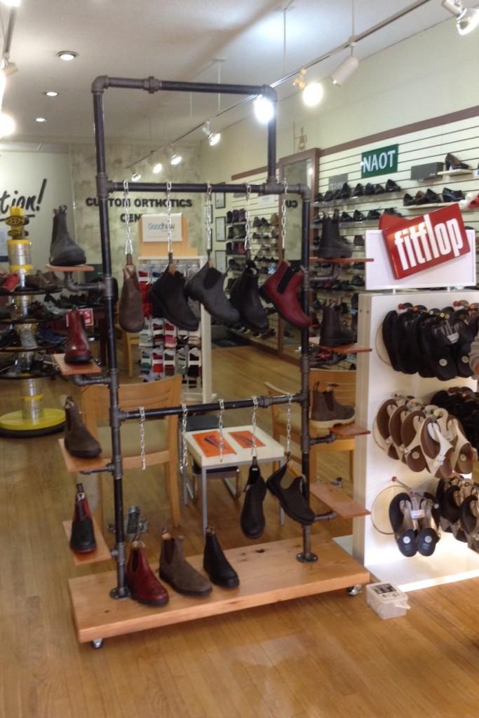 QnA Design Blundstone shoe rack 05 overview