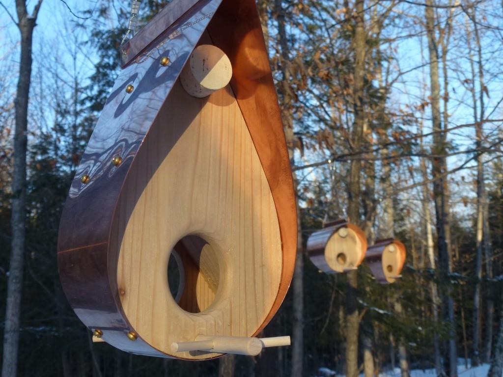 QnA Design Bird Feeder Copper Cedar 04 family picture Teardrop Barrel Bonnet