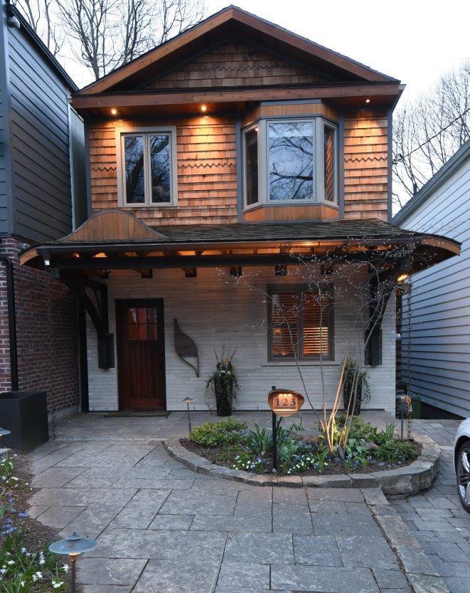 QnA Design HouseNbr copper cedar custom post LED light2